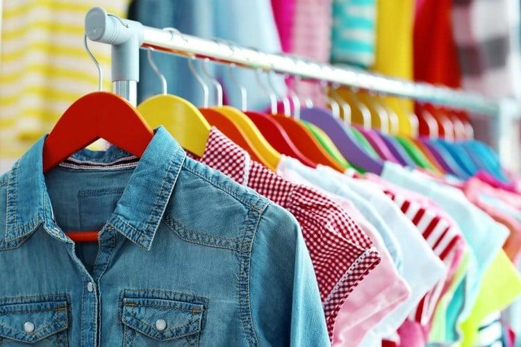 f74644374 Vender roupas em casa  Dá dinheiro  Como começar