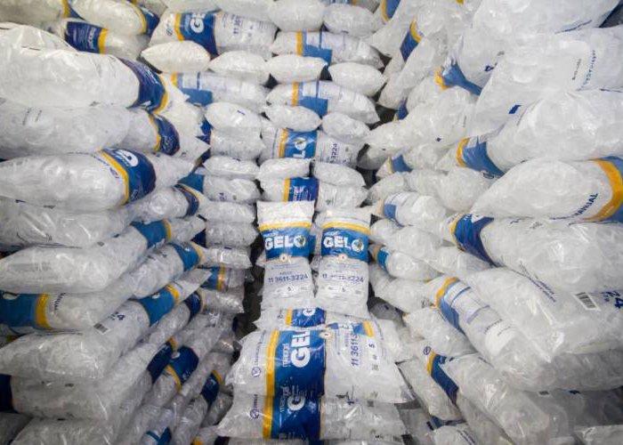 abrir uma fábrica de gelo