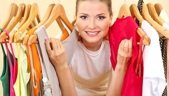 vender roupas de porta em porta da dinheiro