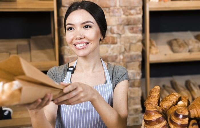 Como ser uma balconista de padaria