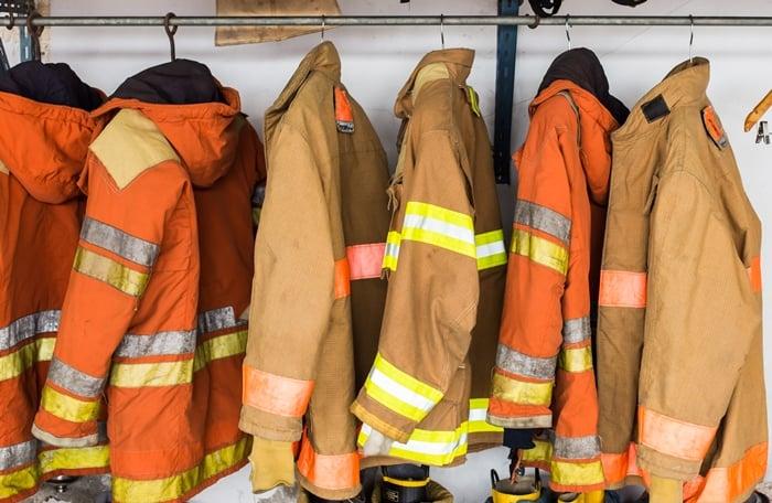 Como abrir uma fábrica de uniformes