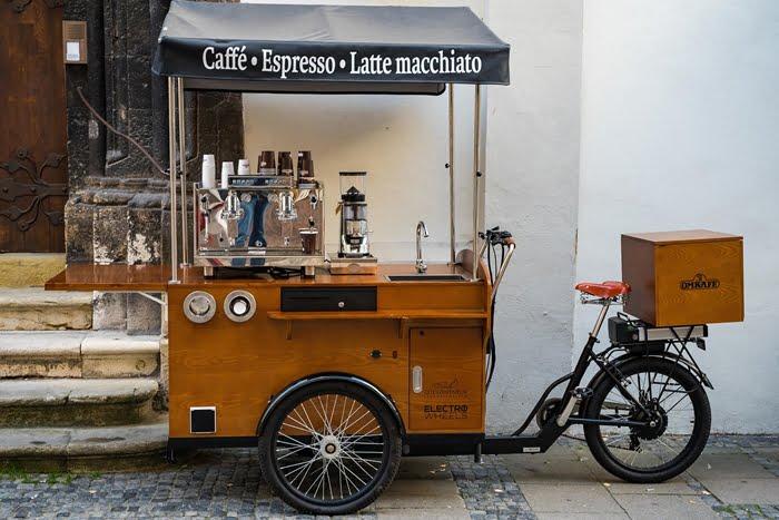 bicicleta adaptada para food bike