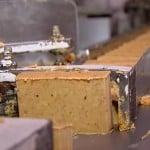 Como funciona a fabrica de paçoca de amendoim