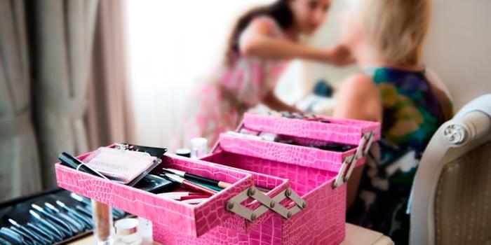 Como montar um ateliê de maquiagem