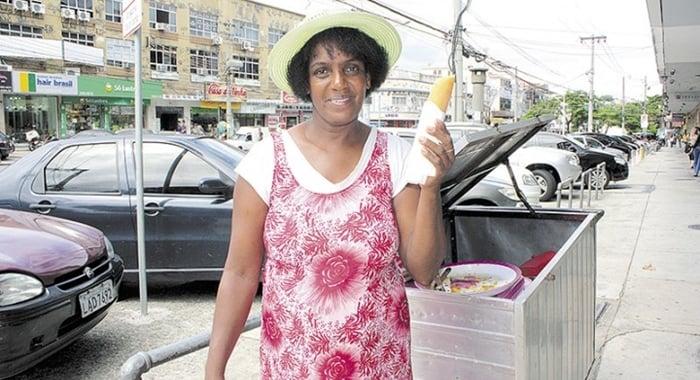 exemplos de pessoas que ganham a vida vendendo geladinho