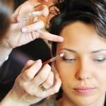 Profissão maquiadora: Salário, como começar?