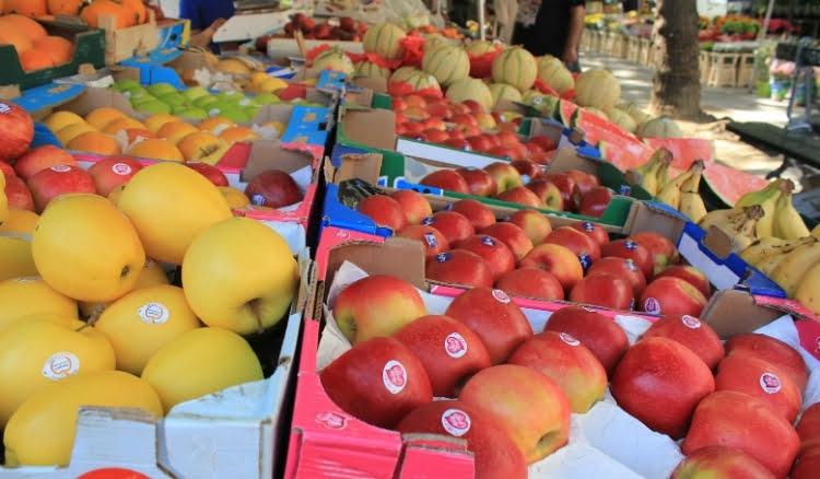 Banca de frutas para vender