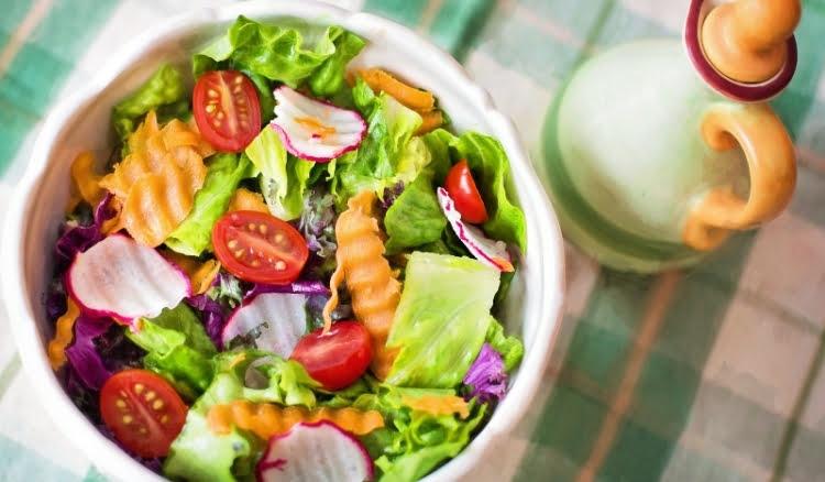 Como montar um delivery de saladas