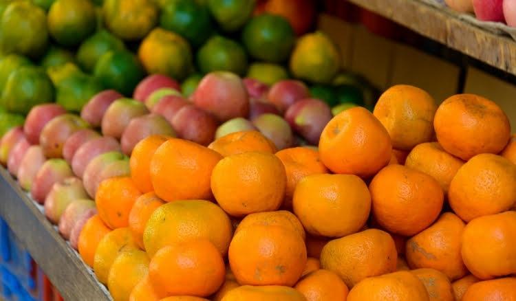 Como montar uma barraca de frutas