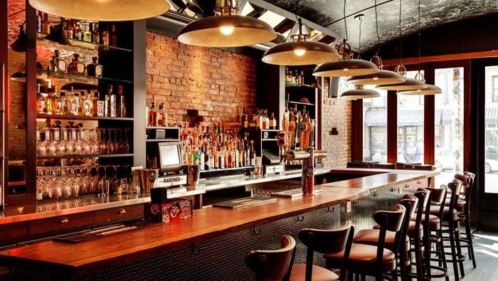 Como montar um bar pequeno com pouco dinheiro - Como decorar un bar pequeno ...