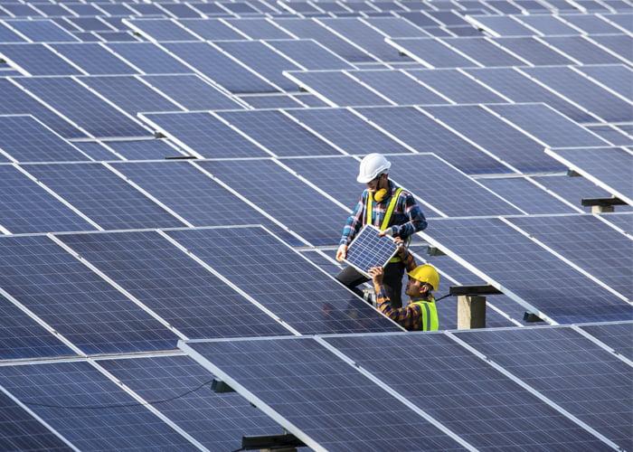 quanto fatura uma empresa de energia solar