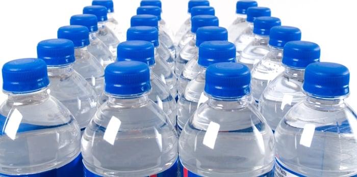 como-revender-agua-mineral