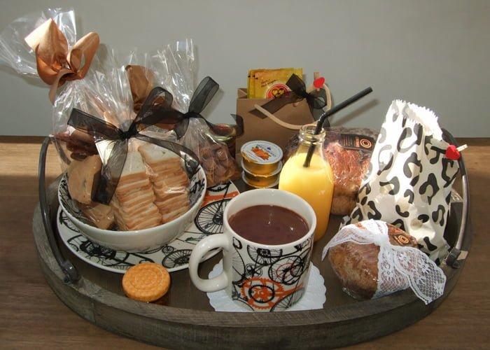 Como montar uma cesta de café da manhã
