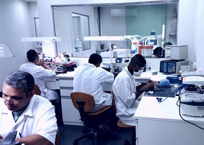 Estrutura de um laboratório de prótese dentária