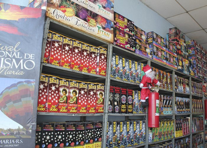 fornecedores para comprar fogos de artifício no atacado