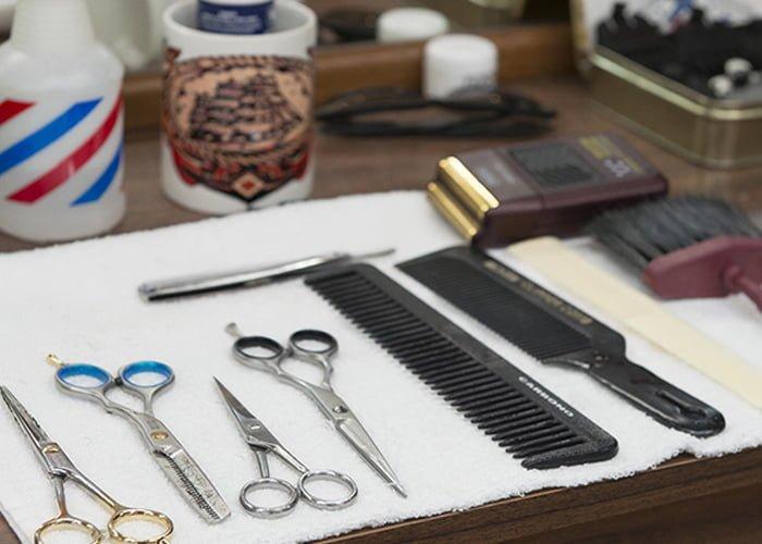 quais são os equipamentos para montar uma barbearia