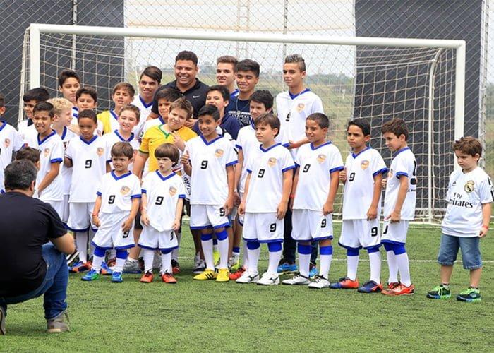 abrir uma franquia de escolinha de futebol