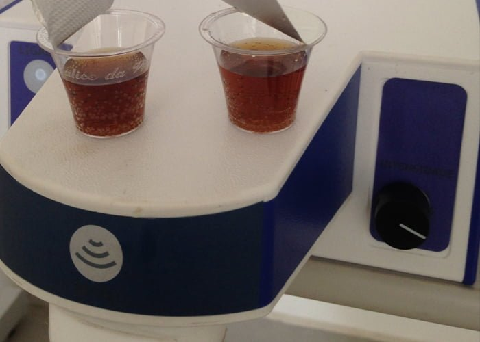 Máquina de fazer cápsulas de café