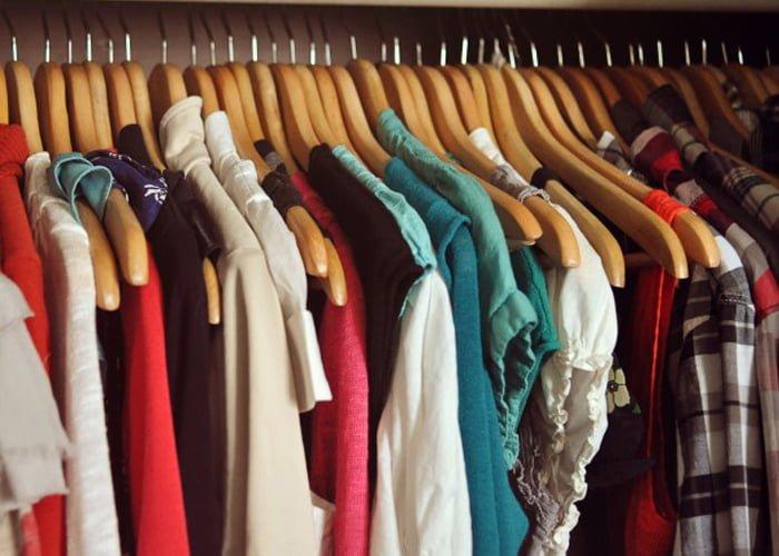 676b70c2140 Dicas que vão te ajudar a comprar as melhores roupas para brechó