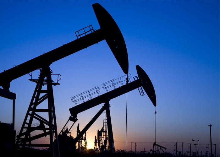 como é feita a extração do petróleo