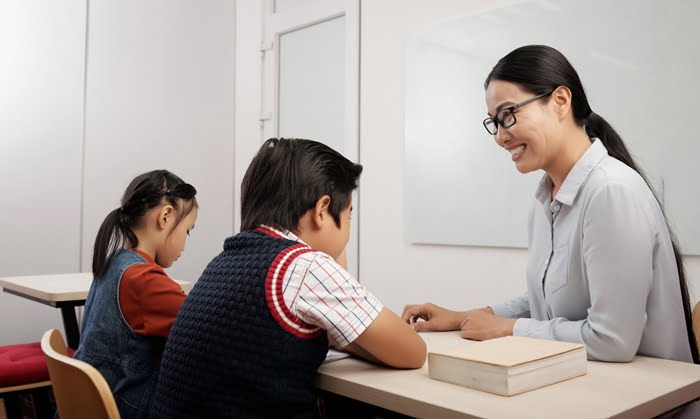 Dar aulas particulares é um dos negócios para abrir com 500 Reais