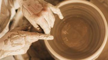 como se tornar ceramista
