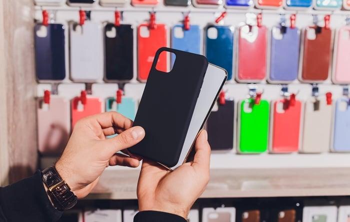 Como montar um quiosque de acessórios para celular