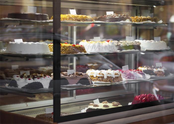 faturamento de uma loja de bolos