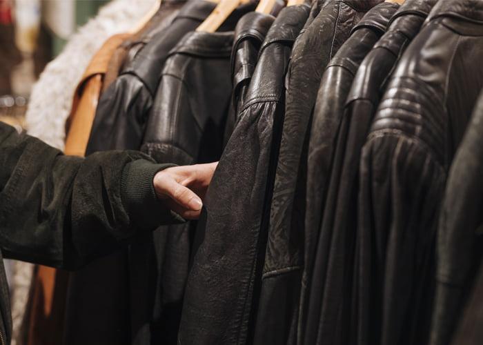 qual o melhor preço para colocar em roupa para revenda