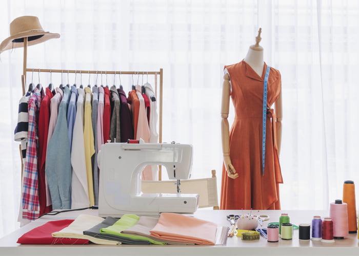 Quanto fatura um atelier de costura