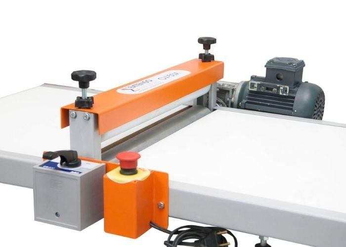 Máquina de fazer caixa de pizza