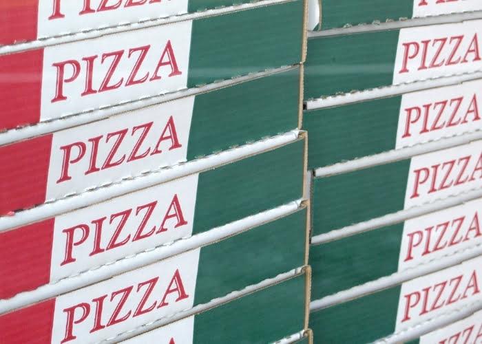 máquina para cortar caixa de pizza